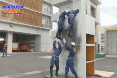 消防防災通信「消防救助技術訓練  障害突破」