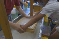 東保育園児たちが伝統産業を体験しました!